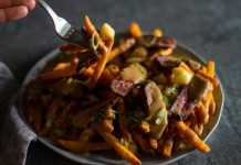 VENISON STEAK POUTINE